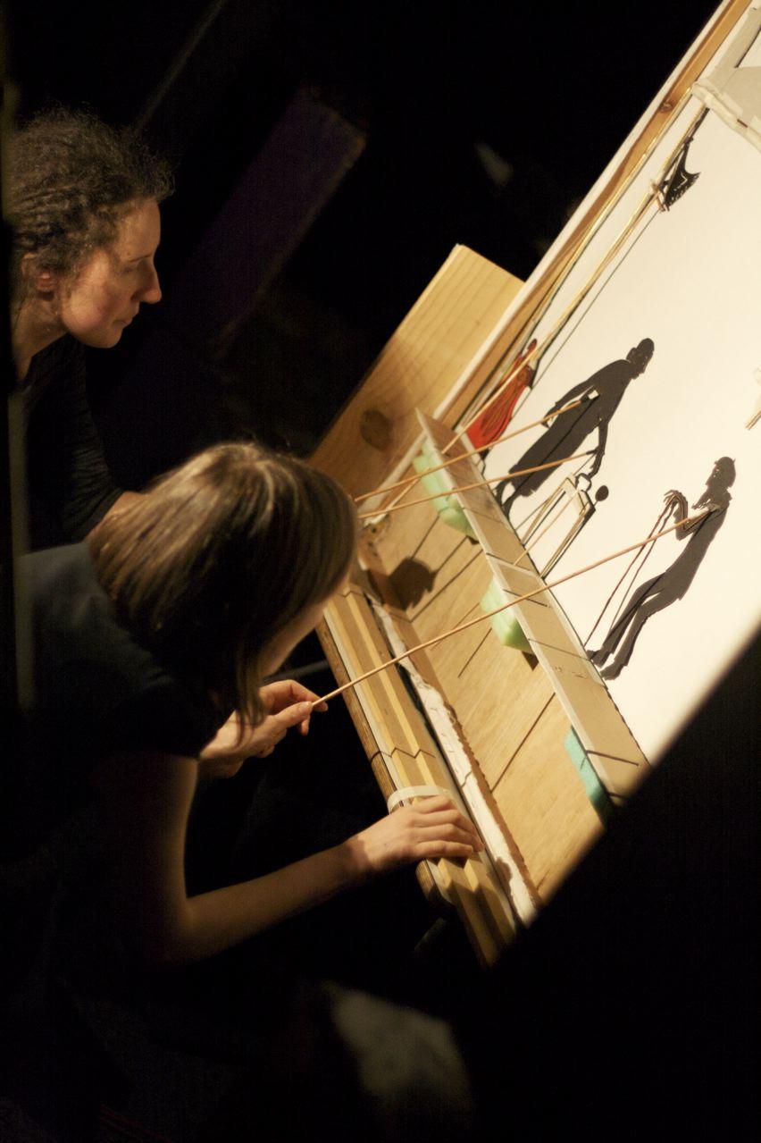 Jo et Christelle jouent la Maison Riquiqui