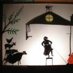 la vielle dame et la animaux de la ferme, une maison riquiqui